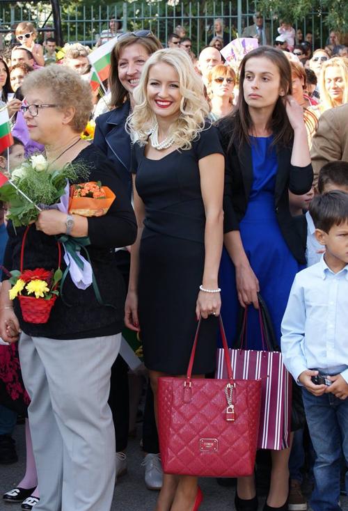 Станислава. Красивая болгарская учительница, 2016