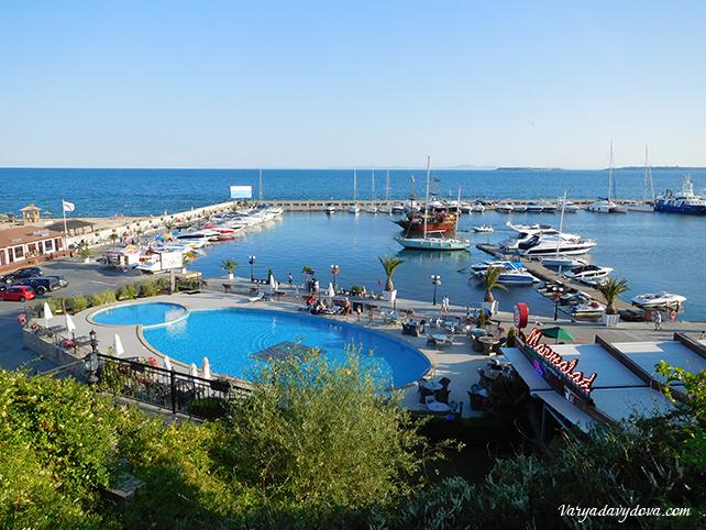 Диневи Ризорт яхт порт Марина Диневи. Свети Влас
