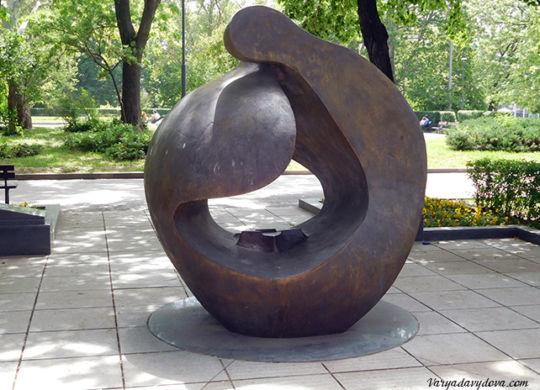 Памятник евреям в Софии