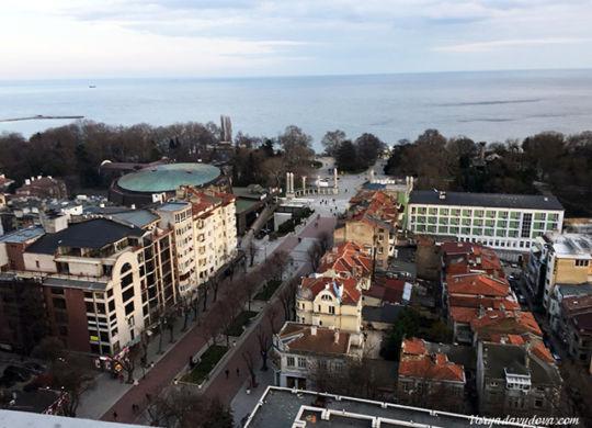 """Отель """"Черно море"""" в Варне"""