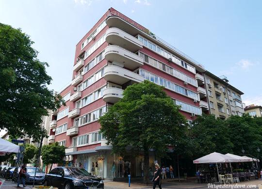 Архитектурный модернизм в Болгарии