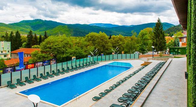 Топ 10 отелей в Болгарии