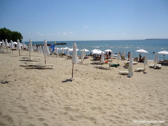 Пляж морского санатория Свети Влас