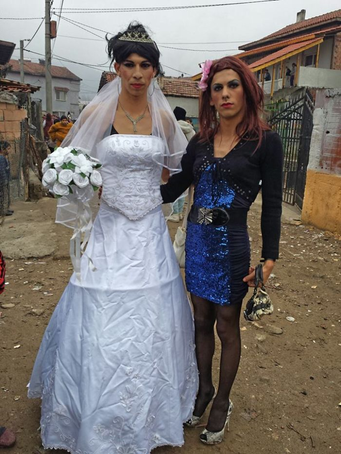цыганка девственница фото