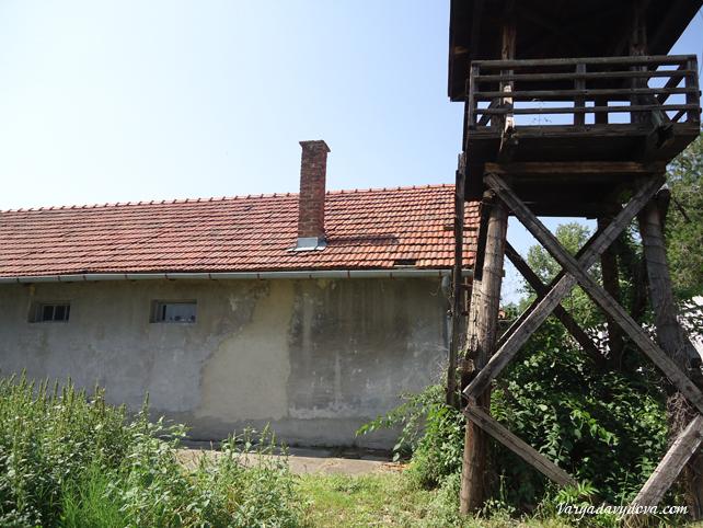 Концентрационный лагерь в Нише Црвени крст