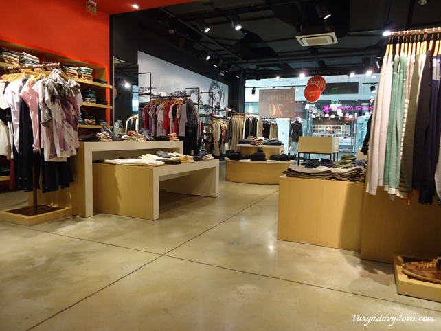 outlet-28