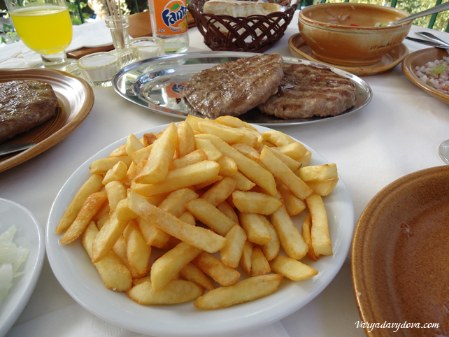 Сербский ресторан Летња позорница