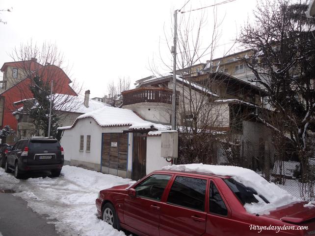 Снег в квартале Редута